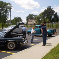 Classic Car Cookout Photo #4
